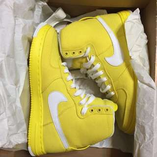 全新 Nike 亮黃色高筒 38 24cm