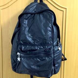 (降價) agnes b. 黑色星鍊後背包