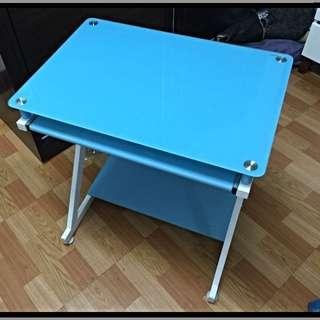 小巧電腦桌(保留中)