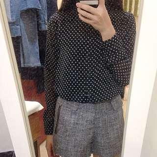 uniqlo 黑色點點透膚襯衫