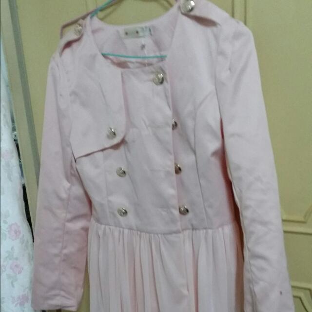 粉紅色蕾絲外套