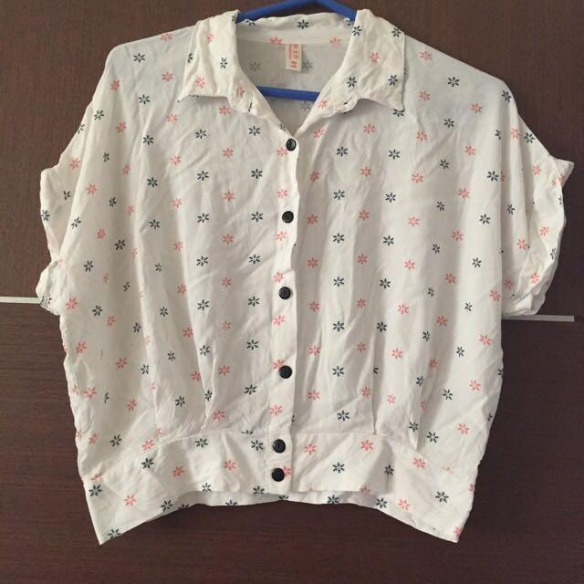 二手雪花白色短版襯衫