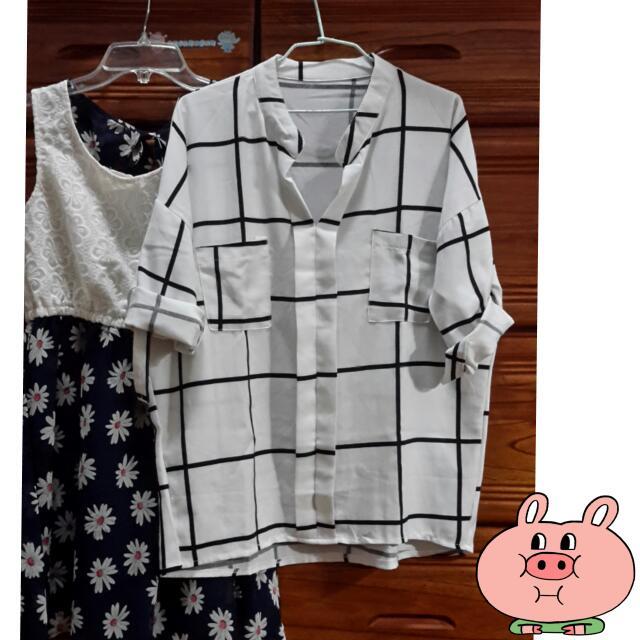 全新~韓版雙口袋小立領極簡線條格紋衫(原價500)