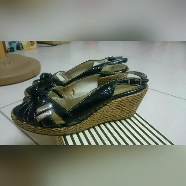 黑色涼鞋 23號