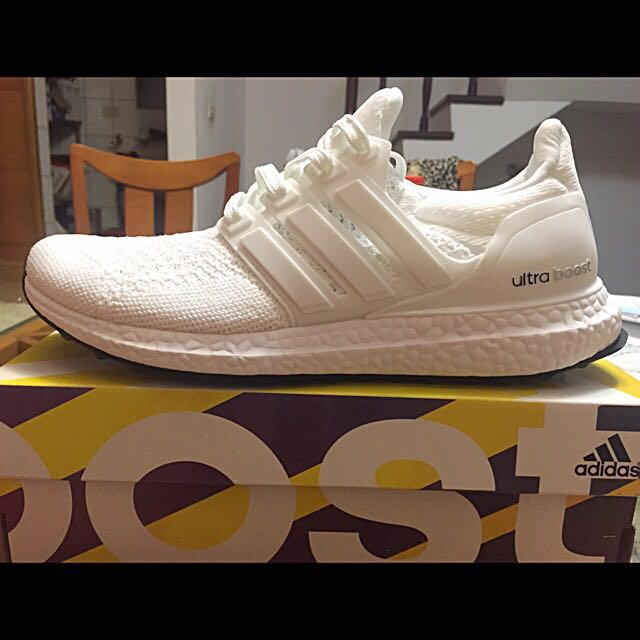 美爆 Adidas Ultra boost x J&D white black kanye west 著用 黑 白 兩色