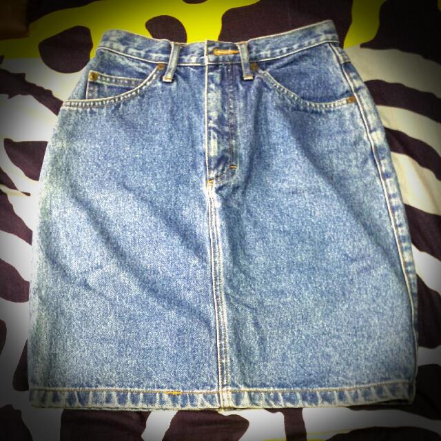 Lee High Waist Denim Skirt