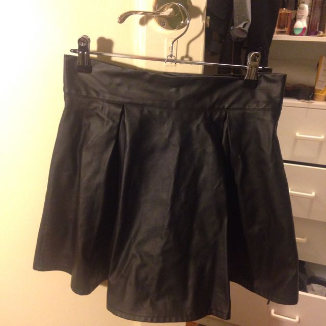 Size 8 Black Leather Look Skirt