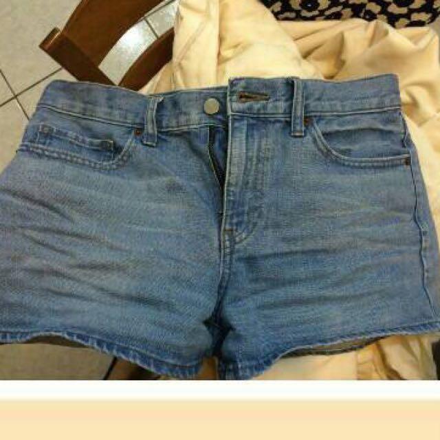 Uniqlo短褲 兩件