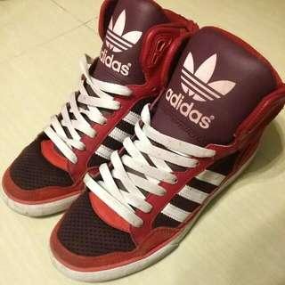 【二手清倉】Adidas 紅色經典2015新款運動鞋