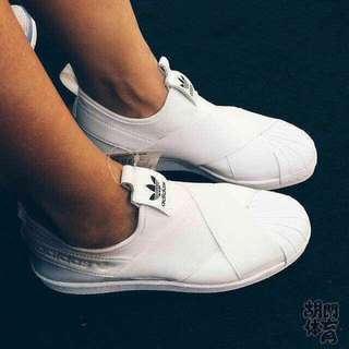 愛迪達情侶貝殼鞋 白色