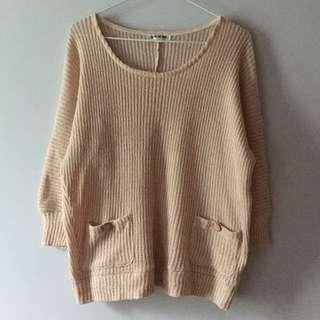 杏色粗針織毛衣