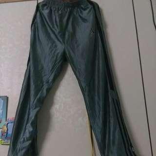 休閒運動褲