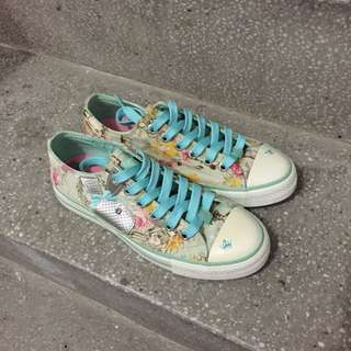 Play Boy湖水綠帆布鞋