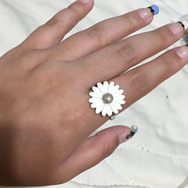 Accessorize 小雛菊斑駁復古戒指
