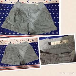 多款女性短褲