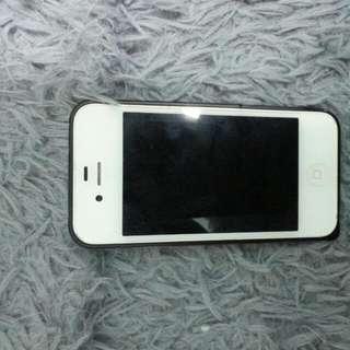 Iphone 4s 16g只剩手機 整體8成新