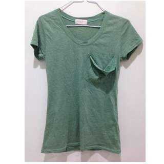 綠色棉質上衣