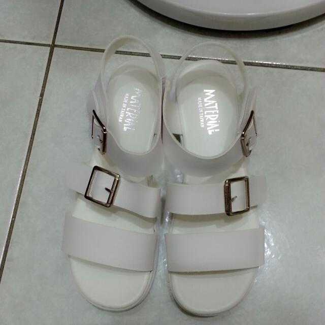 流行涼鞋 24.5號