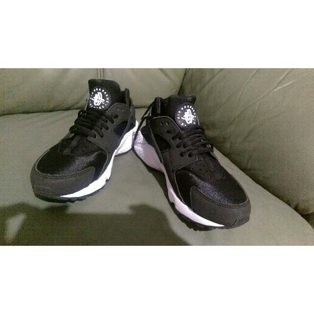 (保留中)黑 武士 鞋 24 號