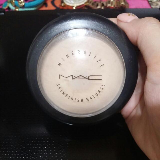 MAC m.a.c 柔礦迷光炫彩餅
