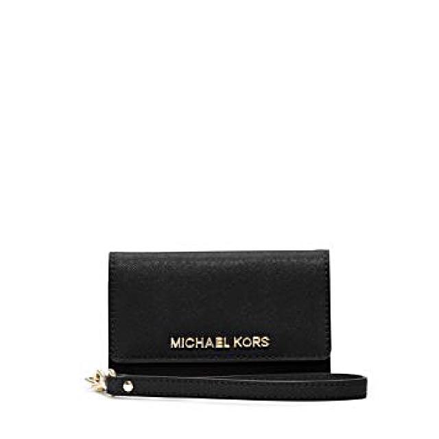 e28b92d9ff709 Authentic MICHAEL KORS Saffiano Leather Smartphone Wristlet (iPhone ...