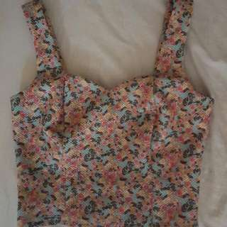Knitted Floral Cropped Top.