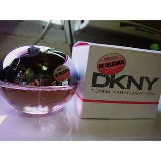 Dkny香水 50ml. 9成新