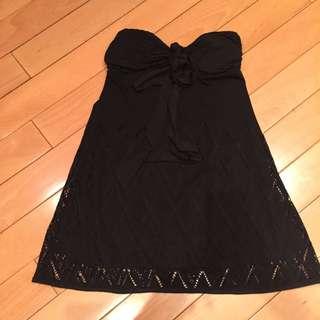 黒色背心洋裝