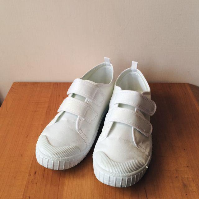(保留中)日本學生雙魔鬼粘白布鞋
