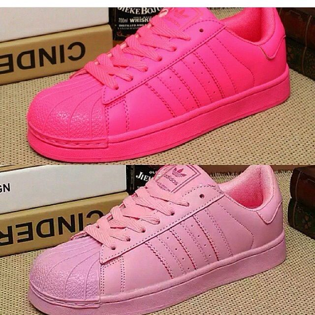 finest selection d3dd6 8718e Adidas Supercolor Women, Sports on Carousell