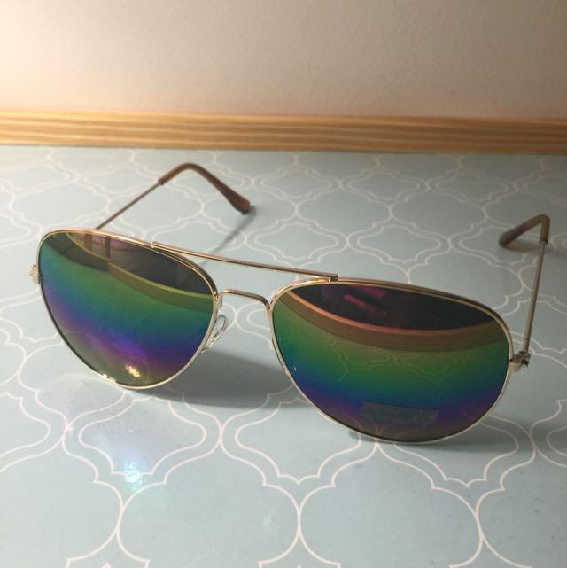 Aviators Gold Rim Sunnies Rainbow Reflector