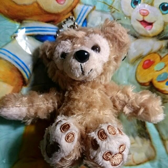 Duffy坐姿吊飾(附Disney樂園袋子)