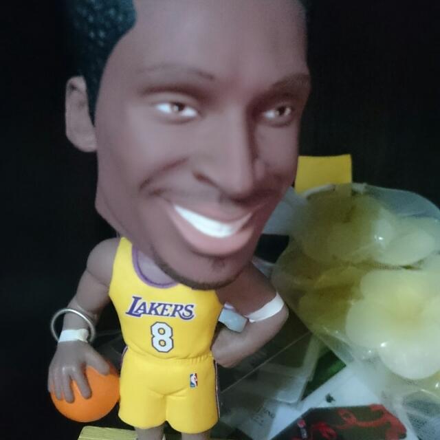 Nba Kobe 搖頭娃娃