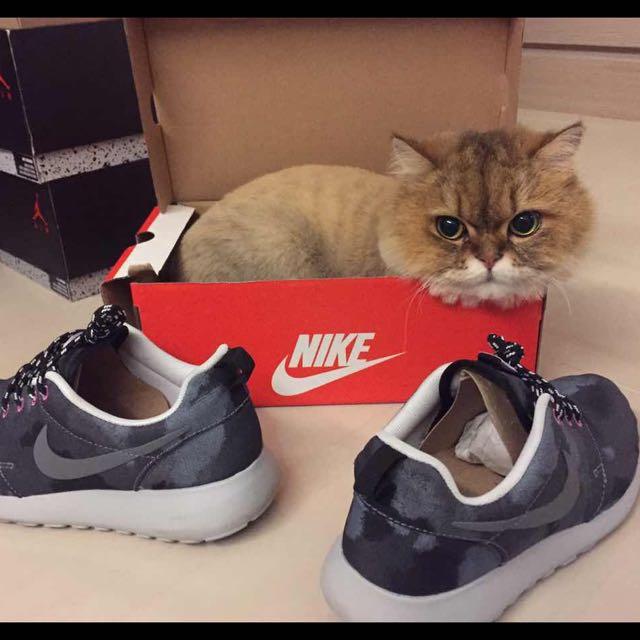 Nike Roshe Run 潑墨 渲染