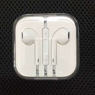 Apple EarPods With Remote And Mic (authentic)