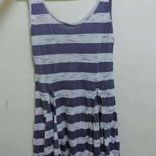橫條紫白配色純棉傘狀無袖洋裝