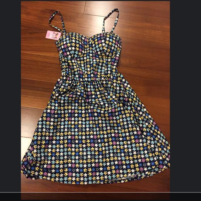 星星圖樣《全新》小洋裝出售😍
