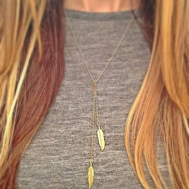 Golden Feather Necklace (Pre-Order)