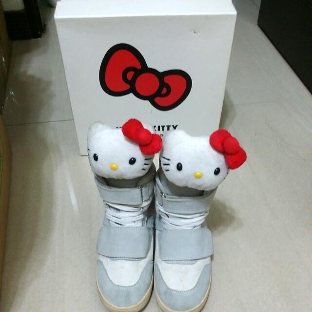 Hello kitty內增高布鞋,休閒鞋 付kitty鞋盒