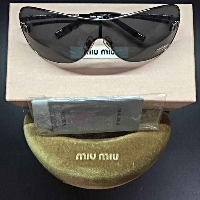cc33db33eed Limited Edition 2010 Miu Miu Shade (PRICE REDUCED!)