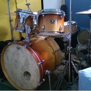 5 Pc Gretsch Catalina Birch Drumset