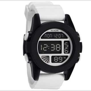 NIXON THE UNIT 多功能溫度顯示 電子錶  黑白配色 矽膠錶帶