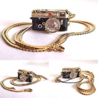 Camera pendant Gold Plated
