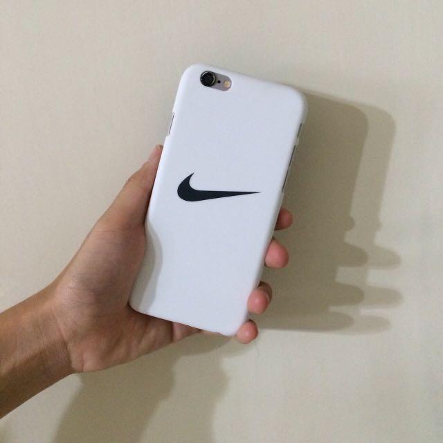 ▪️霧面勾勾iphone殼(白)