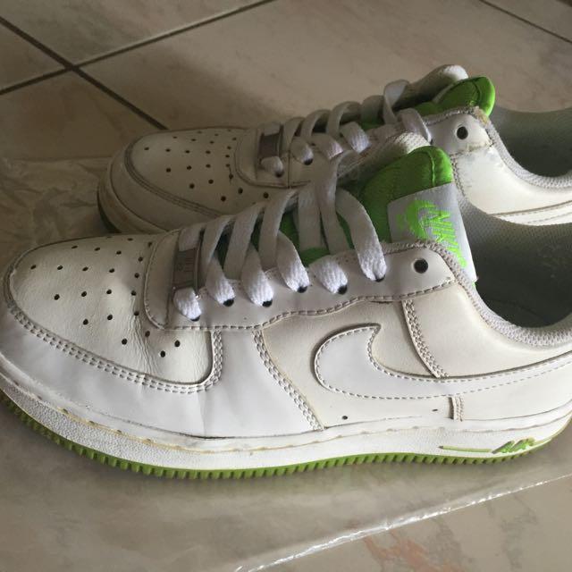 Nike AIR銀光綠休閒鞋