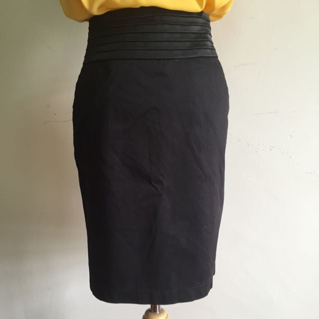 Pleated Mini Pencil Skirt