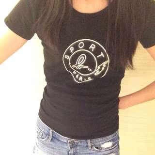 近全新 Agnes B 黑色T Shirt 女 上衣 小B