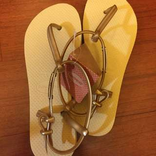 金色havaianas涼鞋 37/38現貨