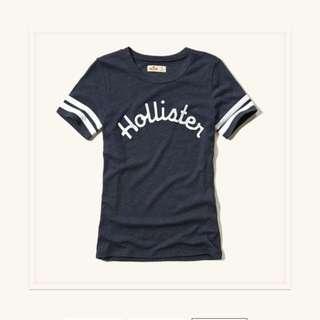 Hollister 深藍學院風