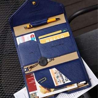護照包【Allen小舖】時尚簡約多功能短款皮護照包/證件包